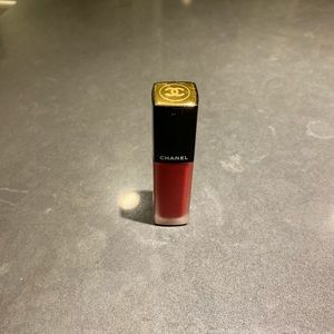 Chanel rouge allure ink in 152 choquant